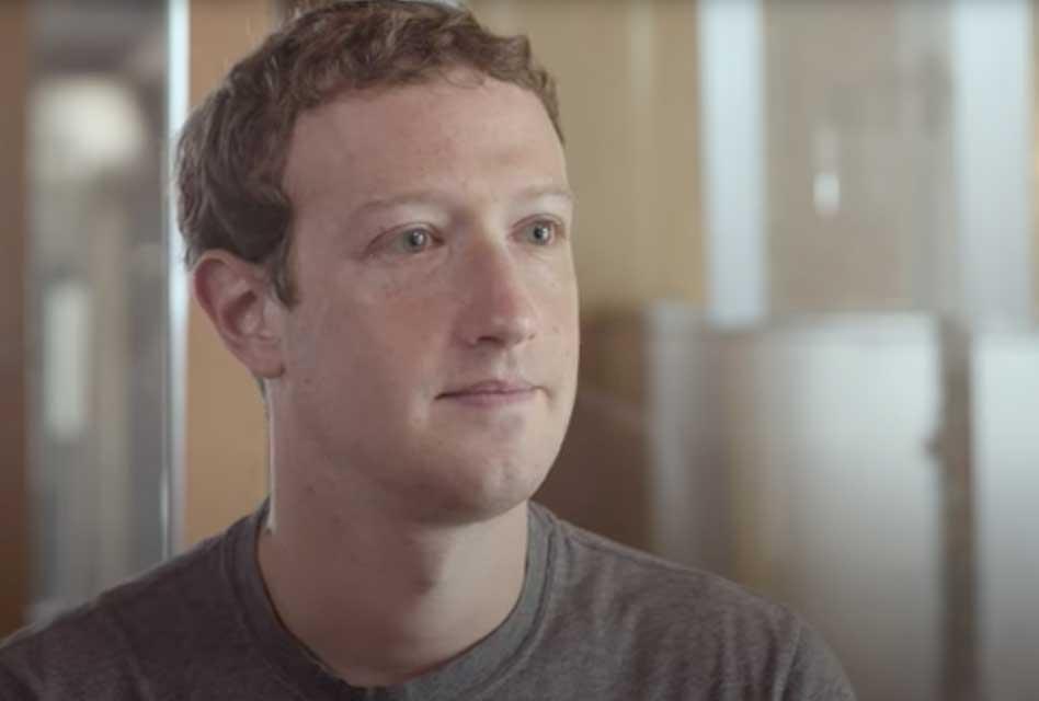 Facebook Oversight Board Gives Zuckerberg 6 Months to Fix Trump Ban